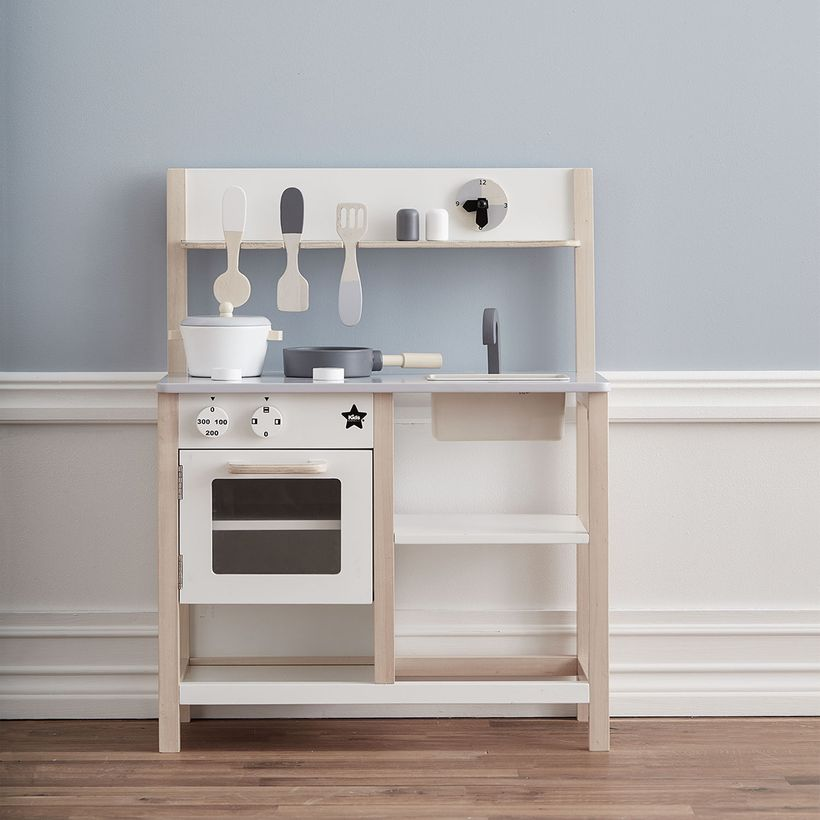 cuisine pour enfant en bois gris et blanc kid s concept decoclico. Black Bedroom Furniture Sets. Home Design Ideas