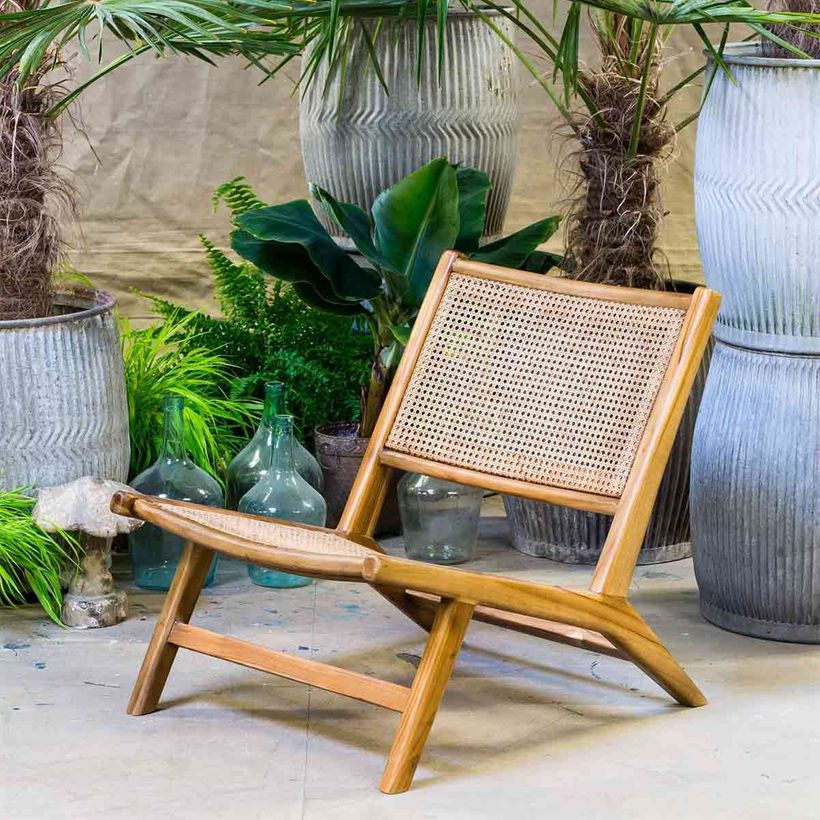 Fauteuil bas structure bois assise et dossier cannage rotin Chehoma
