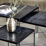Table basse carrée en fer et MDF noir Ox House Doctor