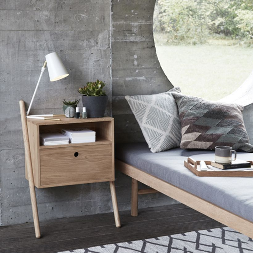 chevet mural en ch ne massif naturel 1 niche 1 tiroir. Black Bedroom Furniture Sets. Home Design Ideas