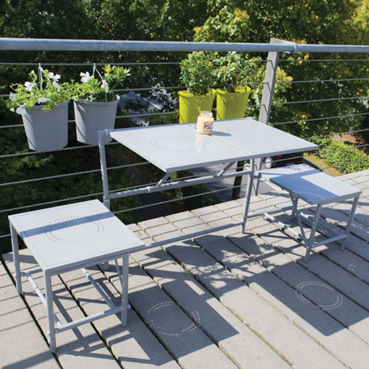Salon 2 en 1 table banc pliant m tal pour balcon mybalconia decoclico - Table suspendue pour balcon ...