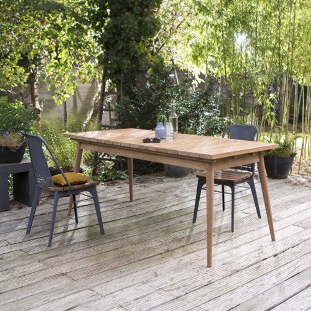 table de jardin rectangulaire en teck massif l 180 vadim decoclico. Black Bedroom Furniture Sets. Home Design Ideas